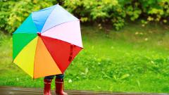 Слънце и дъжд, температурите доближават летните