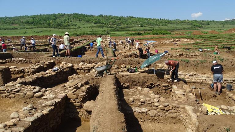 Започнаха спасителните археологически разкопки по трасето на интерконекторната връзка Гърция