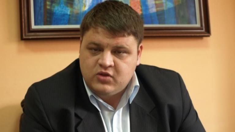 Председателят на Сдружението, което притежава на акциите на Ботев (Пловдив)