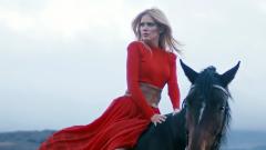 Певица на Слави Трифонов с нов сингъл