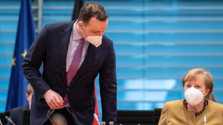 Германия и Франция подновяват ваксинацията с AstraZeneca