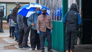 Пандемията увеличава разликата между бедни и богати в САЩ. И последствията ще са за цялата икономика