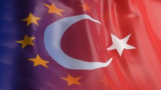 Топ генерал в Турция е осъден на затвор