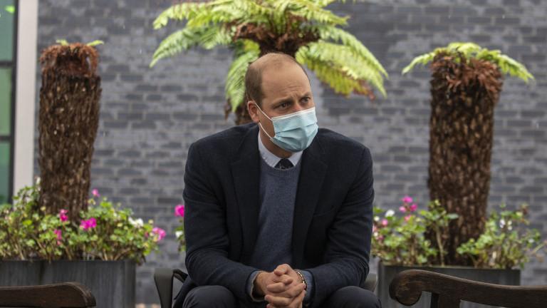 Защо кралският двор скри, че Уилям е с коронавирус