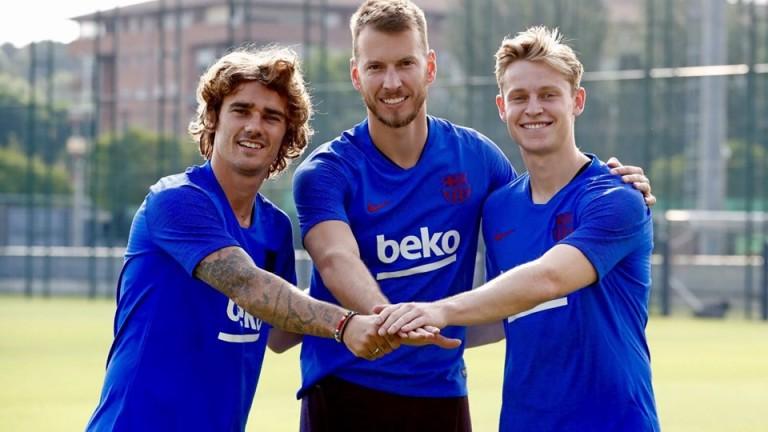 Днес новите попълнения на Барселона Антоан Гризман, Френки де Йонг