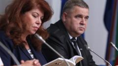 Йотова: Да отстояваме постигнатото за българската общност в Албания