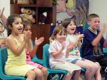 """С """"витаминен"""" спектакъл учат децата на здраве"""