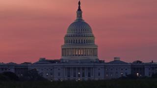 """Бюджетът за отбрана на САЩ: Санкции за """"Северен поток-2"""", """"Турски поток"""" и С-400"""