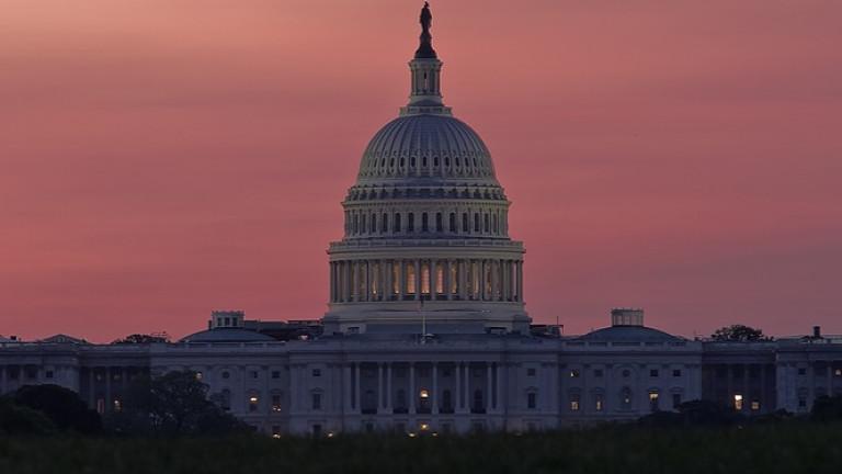 Долната камара на Конгреса на САЩ гласува за избягване на шътдаун
