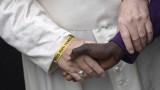 Папата иска милосърдие към бежанците