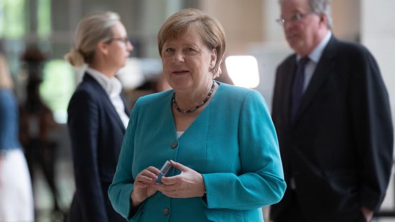 Меркел отсече: Европа е в най-тежката ситуация в историята си
