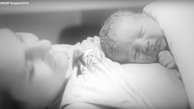 77 милиона пеленачета не се кърмят в първия час след раждането, съобщи УНИЦЕФ