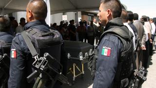 Нарковойната в Мексико взе 13 жертви