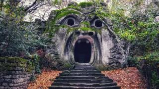 Сакро Боско - паркът на чудовищата в Италия