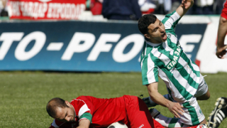Куриозен гол класира Берое на финала