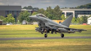 Производителят на Eurofighter съкращава 2000 работни места