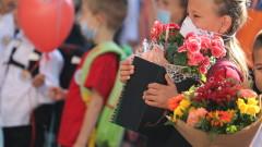 """От синдикат """"Образование"""" недоумяват защо учителите да глобяват деца без маски"""