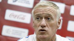 Селекционерът на Франция подкрепи Погба, справял се отлично в Юнайтед