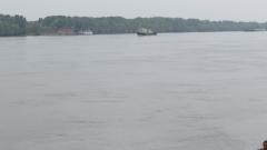 Издирват 14-годишно момиче във водите на Дунав