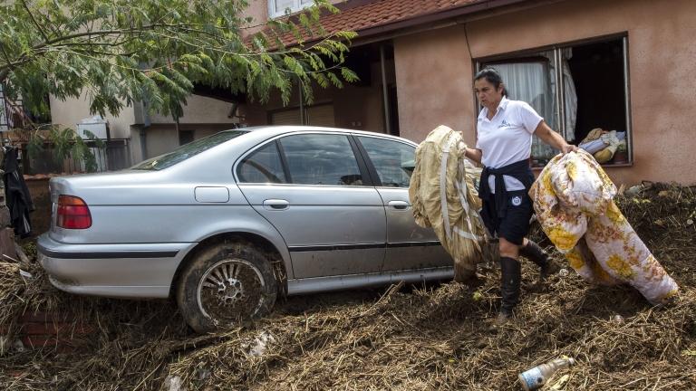 22 станаха жертвите на бедствието в Скопие