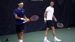 Григор Димитров се подготвя с Роджър Федерер за битките в Чикаго
