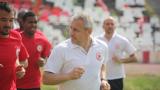 Павел Дочев отвръща на удара