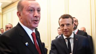 Макрон настоя пред Ердоган да освободи френски журналист