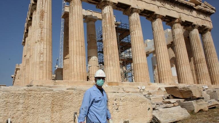 Коронавирус: Нови изисквания към ходещите в Гърция