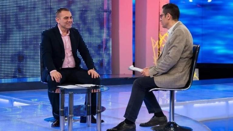 Бившият директор на Капанския ансамбъл Светослав Митев е извършил груби