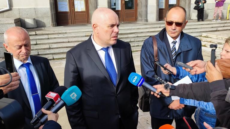 Институциите в България да работят в синхрон. За това призова