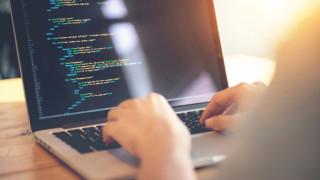 Заплатите на програмистите скочиха с 1/3 за четири години. Колко станаха?