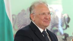 Служебният външен министър няма да променя позицията към Северна Македония
