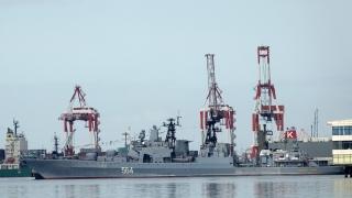 Самолетоносачът на Китай с първи учения в Южнокитайско море, Русия изпрати кораби към Манила