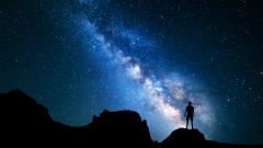 Защо една трета от хората на Земята не могат да видят Млечния път?