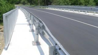Започна строителството на нов мост на река Чинар дере