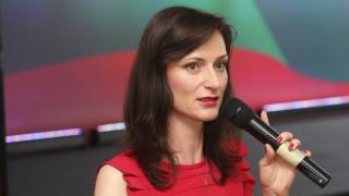 КПКОНПИ няма да разследва Мария Габриел, ЕП не им е в юрисдикцията