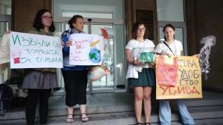 Еколози искат МОСВ по-бързо да ни откаже от найлоновите торбички