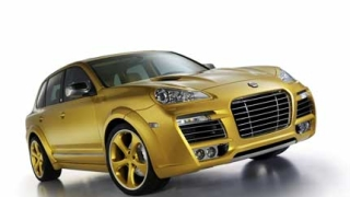 Показват новите Volvo V60 Cross Country и Porsche Cayenne
