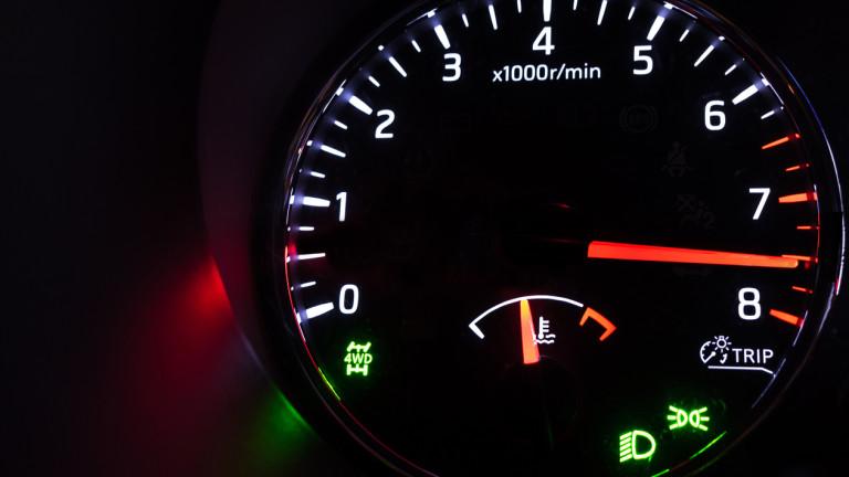 Новите автомобили в България: бензинът расте, а дизелът намалява