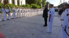 Българските офицери се представят достойно, горд Борисов