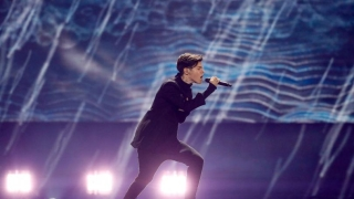 """Тази вечер Кристиан Костов ще представи България на """"Евровизия"""" (ВИДЕО)"""