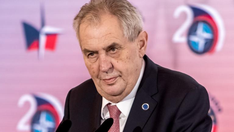 """Президентът на Чехия смята Турция за съюзник на """"Ислямска държава"""""""