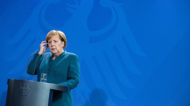 За Меркел е очевидно, че Русия е нарушила договора за ракетите