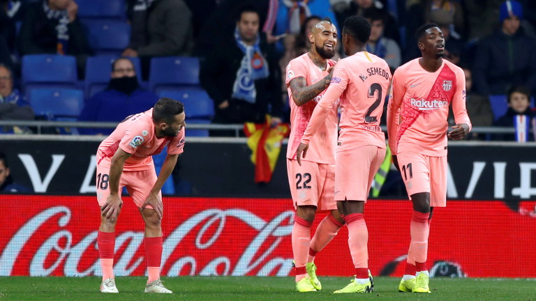 Десният бек на Барселона Нелсон Семедо ще може да играе