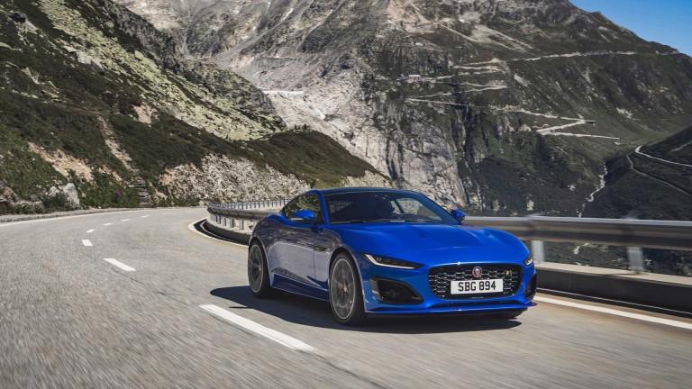 Всичко за дръзкия фейслифт на Jaguar F-Type