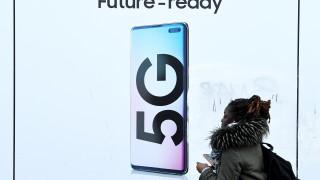 Консерваторите на Меркел няма да забранят на Huawei да участва в 5G в Германия