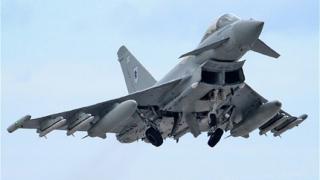 Британски пилоти с въздушни удари в Сирия въпреки вето на парламента