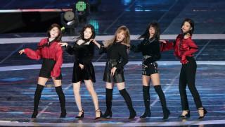 Южнокорейски изпълнители ще посетят Северна Корея