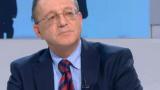 Какво прави военният министър в Алжир, когато тук хвърчат оставки, коментира Ноев