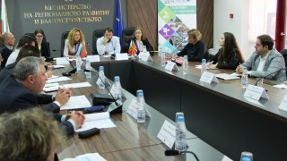 Нов граничен пункт или стимули за пограничните предприятия обсъждаме с Македония